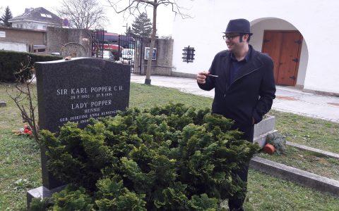 مزار کارل پوپر در وین اتریش